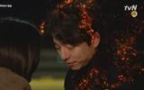 """Khán giả sốc khi phim chưa kết thúc """"Yêu tinh"""" Gong Yoo đã tan biến"""