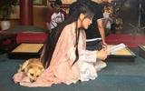 Trần Kiều Ân gây cười không ngớt khi mang cả cún cưng đi làm