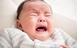 Mẹ kiên nhẫn làm việc này, con quấy khóc cũng nín ngay lập tức lại còn lợi sức khỏe đủ đường