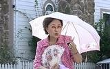 """Diễn viên kỳ cựu chuyên đóng vai """"bà"""" trong các bộ phim Hàn qua đời vì bệnh ung thư"""