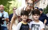 Danh ca Celine Dion tiết lộ vẫn ngủ chung giường với hai con trai 7 tuổi