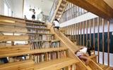 Những mẫu thiết kế sáng tạo dưới đây sẽ biến cầu thang nhà bạn thành khu vui chơi cực hay của trẻ nhỏ