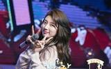 Bạn gái Lee Min Ho đẹp rạng ngời trong sinh nhật đón tuổi 24 mà vắng bạn trai