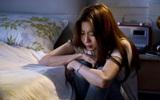 Hăm hở đọc hết 3 trang giấy khuyết điểm của chồng, người vợ nghẹn ngào bật khóc khi nghe chồng nói