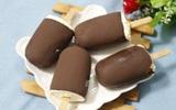 Tự làm kem que phủ chocolate ngon đẹp không thua gì kem đi mua