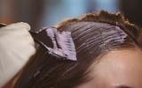 Đến salon nhuộm tóc, người phụ nữ không ngờ biết mình mắc phải bệnh ung thư chết người