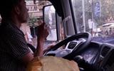 Những chiếc bánh mỳ không người lái và câu chuyện buồn của anh tài xế