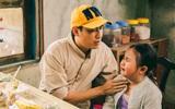 Kiều Minh Tuấn và tuyệt chiêu dụ... trẻ con khóc cực