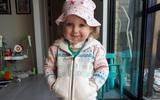Cuộc chiến giành sự sống của cô bé dũng cảm: Không thể thở cũng chẳng thể ăn