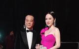 Angela Phương Trinh khoe ảnh chụp cùng tài tử TVB Âu Dương Chấn Hoa
