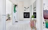 Những thiết kế sảnh căn hộ đậm màu phong cách Bắc Âu