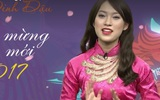 """Khánh Vy """"bắn"""" tiếng Anh như gió khi làm MC của đài truyền hình VTV"""