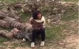 Triệu tập thanh niên quay clip người phụ nữ bị trói vì nghi bắt cóc trẻ em ở Nghệ An