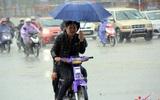 Dự báo thời tiết 24/4: Chiều tối Hà Nội mưa rào