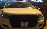 Người dân thuê xe taxi đuổi bắt ô tô gây tai nạn bỏ chạy