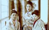Cuộc sống của các cô gái bán hoa Nhật Bản thời xưa, phải giam mình trong lồng gỗ ở khu nhà thổ rộng 81.000m2