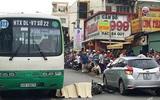 Cô gái mở cửa ô tô không quan sát, gây tai nạn chết người ở Sài Gòn
