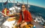 Cô gái đột ngột mất ý thức sau bữa tối lãng mạn trên du thuyền, tỉnh dậy phát hiện bạn trai đã qua đời