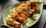 Salad gà chiên thơm giòn ăn ngon mà không sợ béo