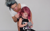 Các mẹ có ý định nhuộm tóc làm đẹp cho con sẽ từ bỏ ngay sau khi đọc bài viết này