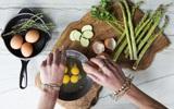 6 thực phẩm quen thuộc hàng ngày các bác sĩ da liễu khuyên bạn nên dùng để tốt cho da