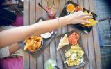 6 thực phẩm vốn tốt cho sức khỏe nhưng sẽ trở nên nguy hại nếu ăn quá nhiều
