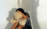Người mẹ chết lặng phát hiện 78 đoạn phim ghi cảnh con gái riêng bị chồng lạm dụng tình dục
