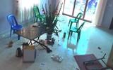 Tết buồn của một người con có bố nát rượu: đánh đập mẹ, đập phá đồ đạc trong nhà