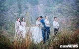Bộ ảnh 'cưới cùng bạn thân' gây sốt của cặp đôi trẻ Hà Tĩnh