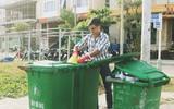 """Quá yêu Đà Nẵng, chàng trai Tây lặng lẽ nhặt rác mỗi ngày: """"Tôi không muốn thành phố này mất đẹp trong lòng du khách"""