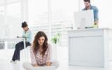 Đứng hay ngồi làm việc mới là tốt nhất? Câu trả lời của các chuyên gia sẽ khiến bạn vô cùng bất ngờ