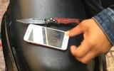 Hai tên cướp xui xẻo nhất năm: Giật điện thoại của thiếu nữ 18 tuổi té xe chạy bộ trốn nhưng vẫn... bị tóm