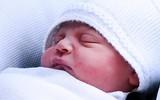 Không chỉ là khuôn mặt hay cái tên, đây là điều mà người dân Anh háo hức được biết nhất về cậu bé Hoàng tử út