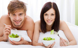 Chỉ quan hệ đúng ngày thôi chưa đủ, phải ăn đúng thực phẩm bồi bổ trứng thì mới nhanh có thai