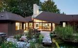 Lấy chủ đề là gỗ với không gian sống mở hoàn toàn với thiên nhiên, đây chính là ngôi nhà mà ai cũng ao ước