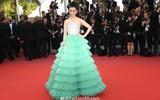 Diện váy xanh lên thảm đỏ Cannes, Phạm Băng Băng bị chê