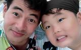 Clip hài hước: Con trai Xuân Bắc khóc tức tưởi, tị nạnh vì mẹ chiều em hơn khiến dân mạng cười nghiêng ngả
