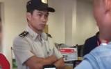 Clip khách nam quát mắng, xông vào nữ nhân viên ở sân bay vì cho rằng bị