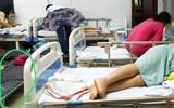 Chuyện chồng thuê giường gấp cho vợ mới đẻ nằm, ép nhường giường bệnh viện cho bà nội ngủ cùng cháu khiến chị em dậy sóng