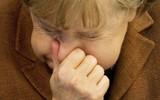Cảnh báo từ bác sĩ: Đừng nên nhịn hắt hơi, một người đàn ông đã bị rách cổ họng cũng vì lý do này