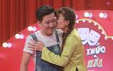 Trấn Thành cổ vũ cô gái hôn má Trường Giang: