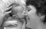 Những khoảnh khắc vô giá bố mẹ nhất thiết phải lưu lại cho con