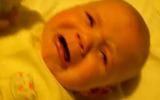Clip: Những kiểu chơi đùa khiến bé sợ chết khiếp
