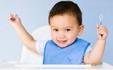 Học lỏm mẹ Game cách giúp con ăn cực ngoan