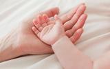 Những điều mẹ cần biết khi lần đầu cắt móng tay cho bé