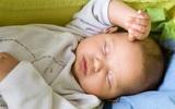 Giúp bé phát triển trí não nhờ thức ăn và giấc ngủ