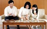 8 bí quyết để không cáu giận với con của mẹ Nhật