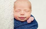 Ngắm bé sơ sinh trong những ngày đầu tiên của cuộc sống