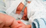 Chùm ảnh: Hành trình cảm động của em bé sinh non ở tuần thai 26