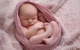 Những hình ảnh không thể đẹp hơn khi bé sơ sinh ngủ